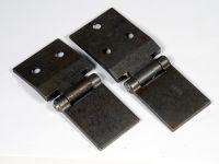 Петли передней двери 2101-03,06,2121 (2 шт) (ВАЗ)